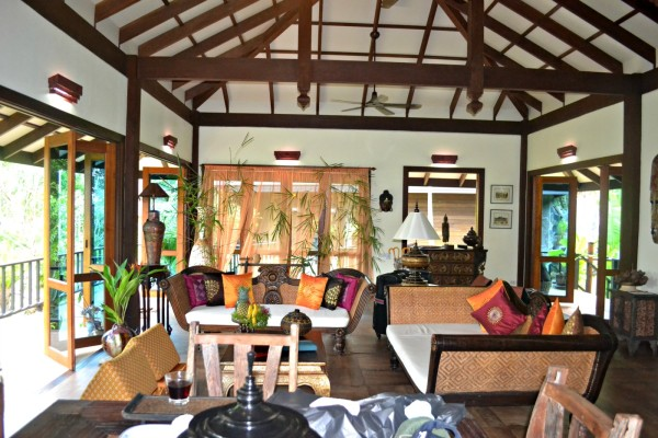 Baan Chang living room