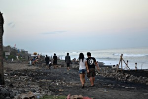 Purnama Beach after weekend